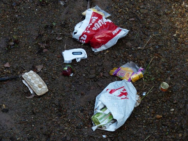 garbage-100203_960_720