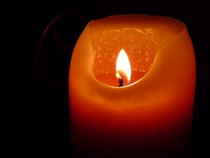 candle-197248_960_720