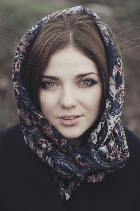 woman-918776_960_720